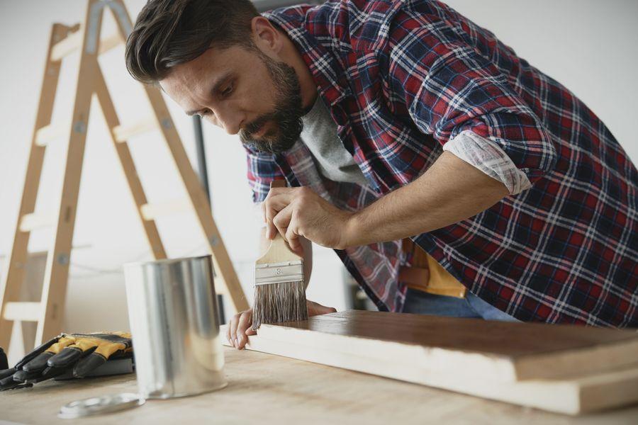 como hacer escalera de madera decorativa