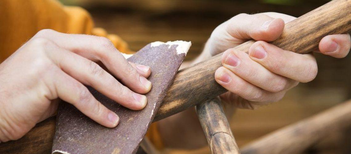como envejecer madera con vinagre